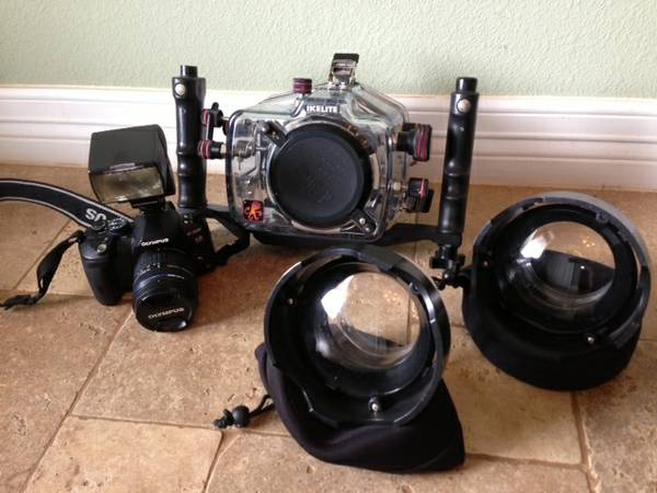 Olympus Ikelite Underwater Package -   x0024 975  Galveston