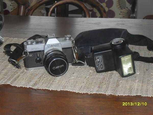 Canon FTb 35mm SLR  Vivitar 273 flash  amp  CPC 55mm 1A filter used -   x0024 100  Galveston  TX