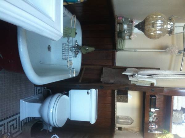 -  1800   1br - 900ft sup2  -  Fully Furished all Inclusive   1800 00 per mo   Lower Garden Dist