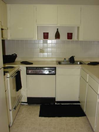 -  720   2br - 1000ft sup2  - Beautifully Spacious 2Bed 2Bath 1000 sqft Apt SAME PRICE as a 1Bed Apt  Savoy Plaza Apartments
