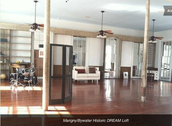 - $200  1600ftsup2 - Exclusive Historic  Private Loft- Best Location (Bywater)