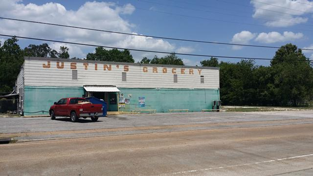 250 000  Commercial Property Formerly Justins Grocery