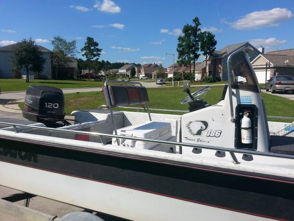 18.6ft. Predator Bay Boat - $4500 (Covington, LA)