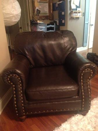 Ashley Furniture 3PC. SofaLoveseatChair - $500 (Thibodaux)