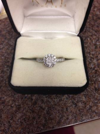 Beautiful engagement ring for sale -  300  Thibodaux