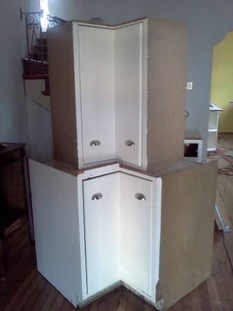 Kitchen cabinets - Quaker Maid Lazy Susans - $200 (New Orleans)
