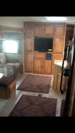 MUST SALE Like New 39FT  Puma Travel Trailer       -   x0024 25500  breaux bridge LA