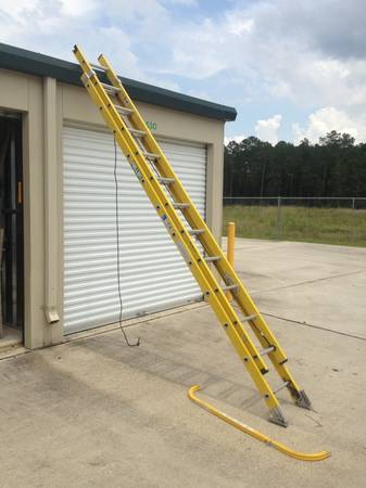 Extension ladder - 24 ft. Keller fiberglass - $100 (Covington)