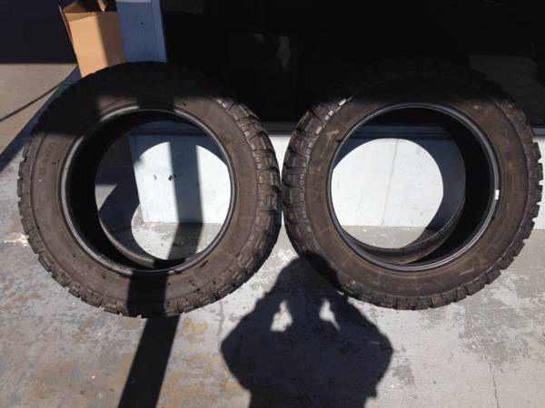 20quot Mickey Thompson mud tire - x0024200 (Houma)