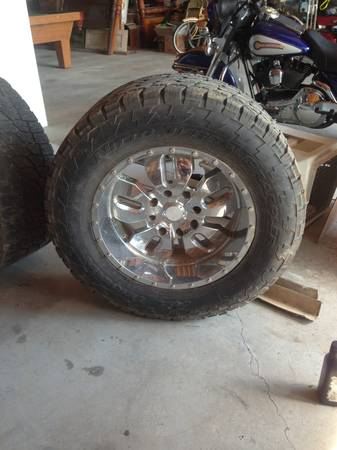 20 lexani wheels with nitro tires for Chevy dodge 8 lug - $400 (Grey)