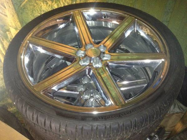 26 RIMS with TIRES - x00241800 (Grand Isle, LA)