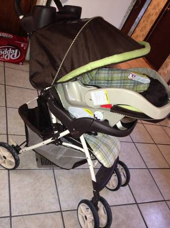 Infant Car seat and stroller  -   x0024 65  Thibodaux la