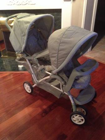 Graco double stroller -   x0024 100  Morgan city