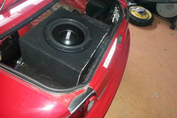 Sundown Audio SA-12-New. SellTrade - x0024160 (houma)
