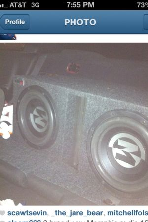 2 Memphis audio 10s $150 great condition in ported box. - $150 (Houma)