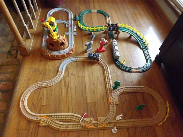 GeoTrax trains and tracks -   x0024 75  Houma