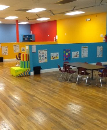 CHRISTIAN CHILDACARE CENTER, $100 WEEKLY, $0 REGISTRATION, WITH CAMERA ( 10904 SCARSDALE 300)