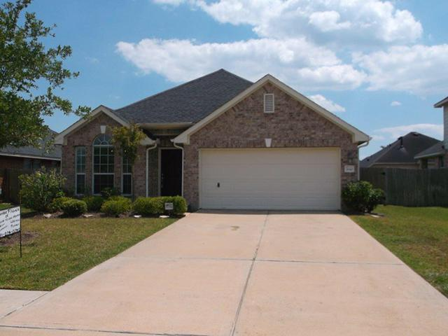 $1,550, 3br, Pearland - Upgraded 1 Story Home in Avalon Terrace - Owner Financing - Lease to Own