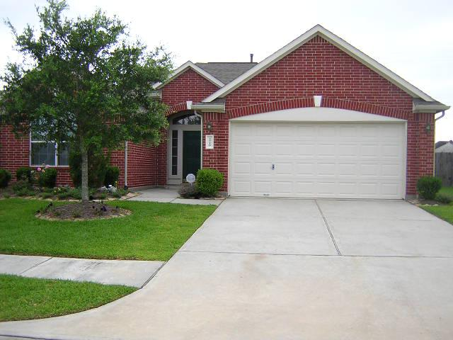 $1,675, 3br, Rare Find in Pearland  Spacious 3 Bedroom 1 story  Owner Financing