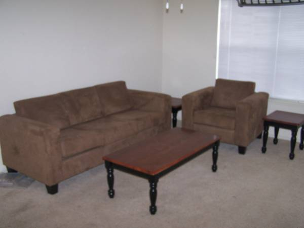 - $475 1107ftsup2 - The Zone Apartments- College Station (2001 Holleman Dr W College Station, TX 7)