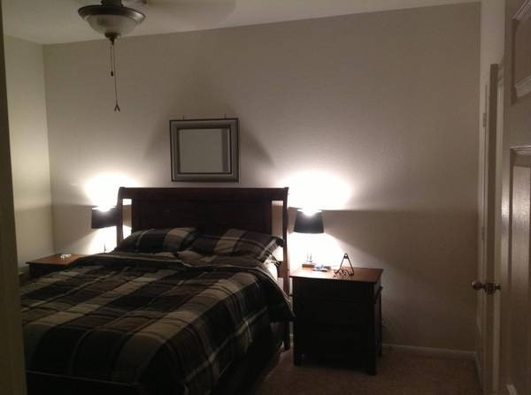 - $800 1br - 777ftsup2 - 6 month (Dec-May) subleaser needed (Stafford)