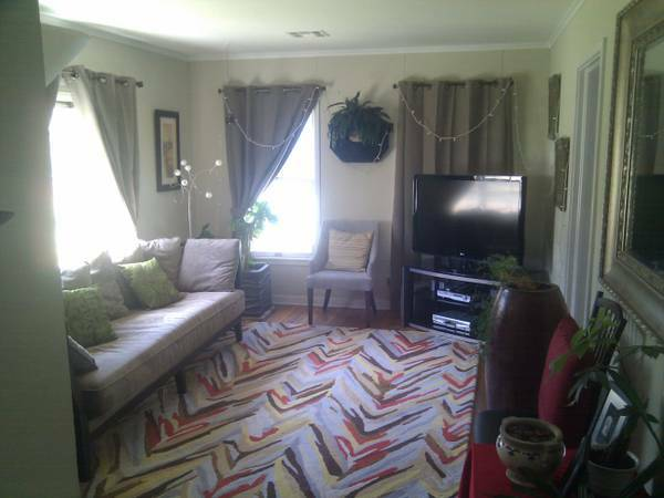 - $1300 4br - 1880ftsup2 - Home_Furnished_Medical Center_Bills Paid,Private Gated,Monthly Rental (LOOK LINK-HOUSTON)
