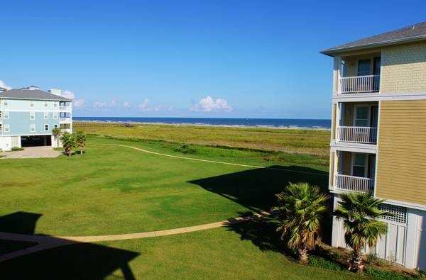 3br - 3 BR condo in Galveston SAND SWEPTat Ryson Rentals - SLEEPS 8 (Pointe West in Galveston)
