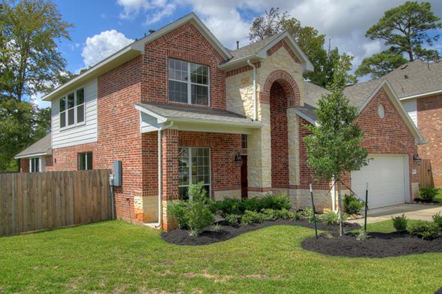 260 955  4br  This home stands out Home in Conroe 4 Beds  2 Baths