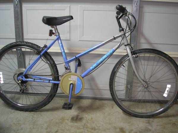 10 Speed Murray Ladies Bike 26 Wheels - $20 (SW Houston Inside Loop)