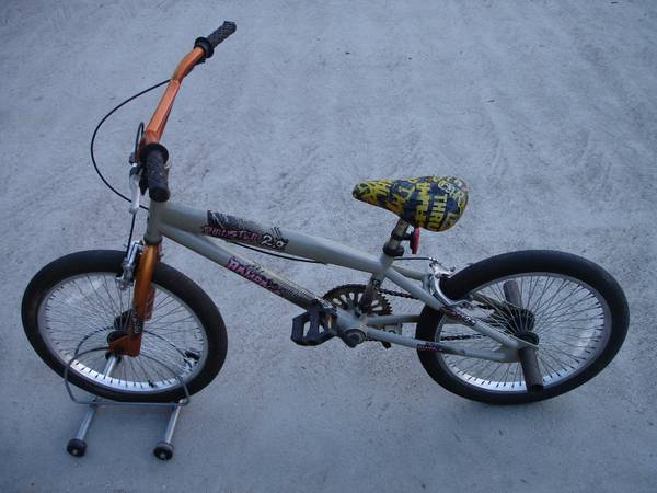 20 Thruster 2.0 Rage BMX Bicycle - $15 (Friendswood)