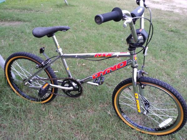 GT DYNO NSX BMX BIKE - $185 (61059 north)