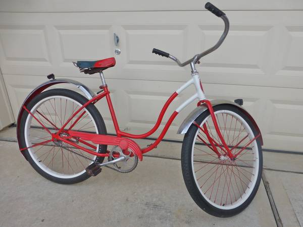 Vintage 1956 Schwinn Spitfire Ladies Bike  - $275 (Spring  Woodlands)