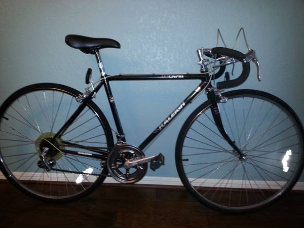 Raleigh Capri 410 Road Bike - Classic - $100 (Cypress)