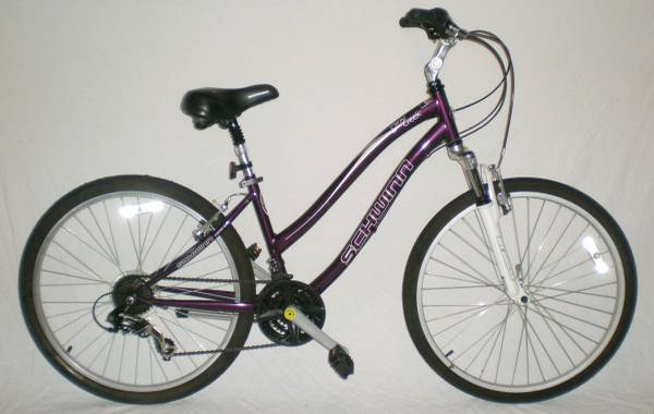 Ladies Womens Schwinn Clear Creek Front Suspension 21SPD Mountain Bike - $150 (Downtown Houston)