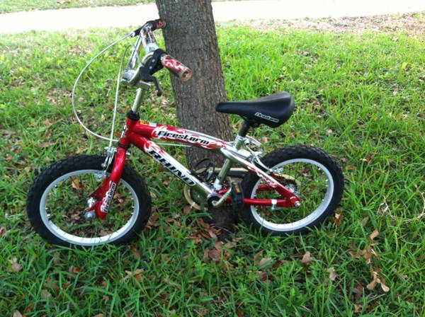 Rhino Firestorm 16 inch Boys Bike - $40 (Memorial City Mall)
