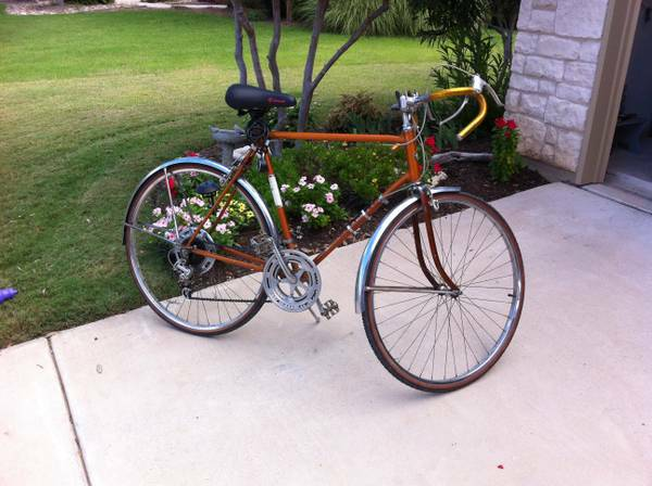 1965 Schwinn Bike (Med Center West U)