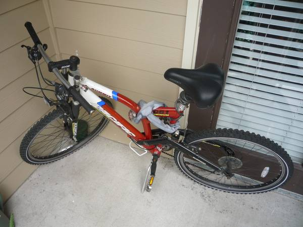 Mountain Bike, Pacific Summit - $50