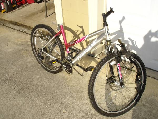 Triax VBX3000 Mountain Bike - $40 (west houston)