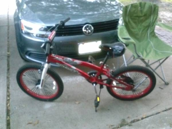 Boys Bike -Schwinn Falcon 20 - $50 (Jersey Village)