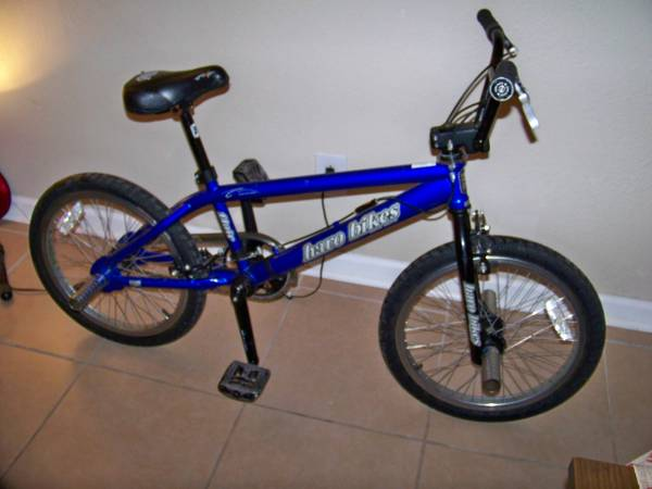 Blue HARO Flair Dave Mirra BMX Tricked Out Bike  - $110 (East Downtown)