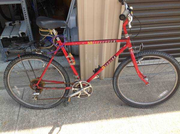 SCHWINN MESARUNNER 10 SPEED BIKE - $100 (WESTHEIMER SOUTH DAIRY ASHFORD)