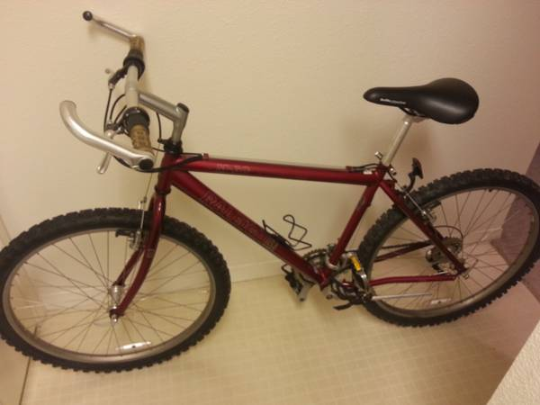 Raleigh M60 mountain bike - x0024120 (Heights - Houston)