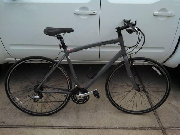 Specialized Sirrus Road Bike - $300 (Conroe, TX)
