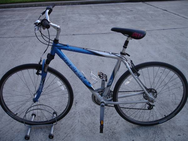 TREK Multitrack 7100 Hybrid Bike - $185 (Friendswood)