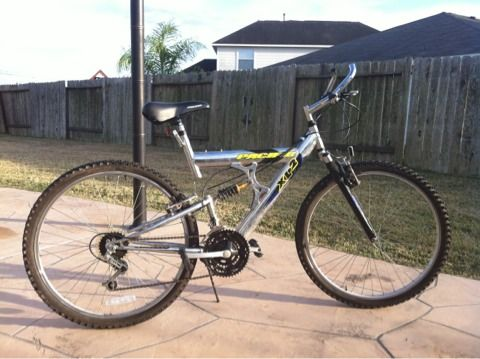 Bicycle adult Men mountain 21 speed bike Pacific XL2 shocks 26 - $89 (Pearland)