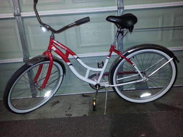 Ladies Schwinn Cruiser - $50 (Cypress)
