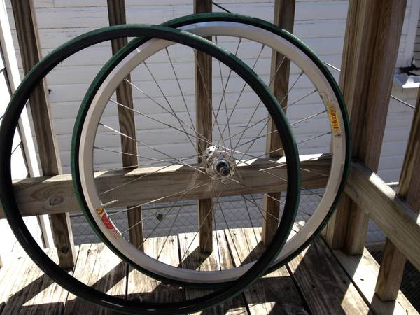 VELOCITY DEEP V REAR WHEEL WITH TIRES - $70 (Montrose)