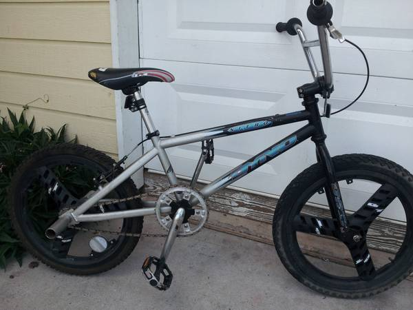GT DYNO NITRO BMX BIKE - $150 (610-59 north)