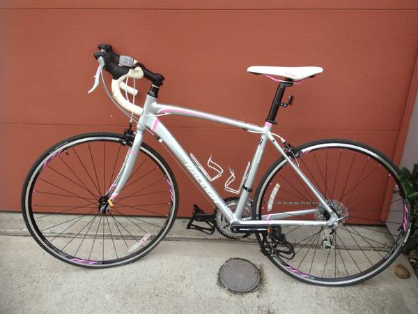 Womens Raleigh Capri 1.0 Road Bike - $225 (Inside the loop - med center)