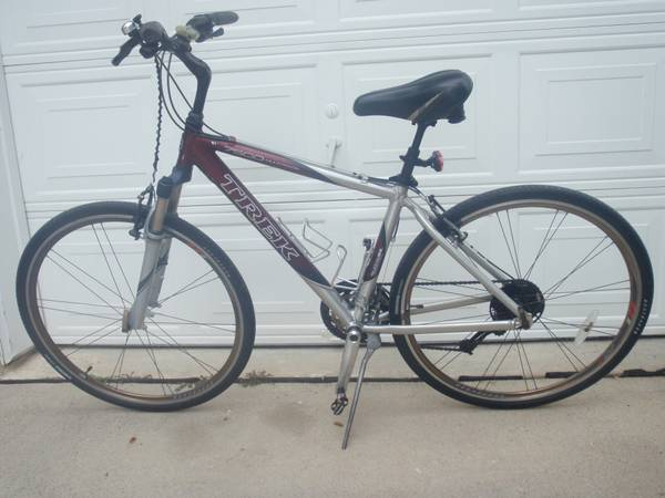 TREK 7500 Hybrid Multitrack Mountain Bike 27speed WUPGRADES Bicycle - $250 (Pearland)
